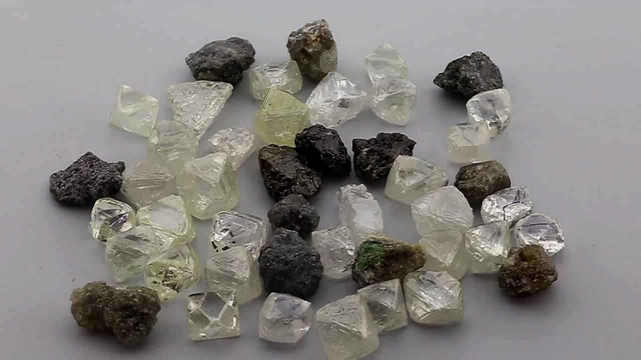 Ehud-laniado---Rough-Diamonds.jpg