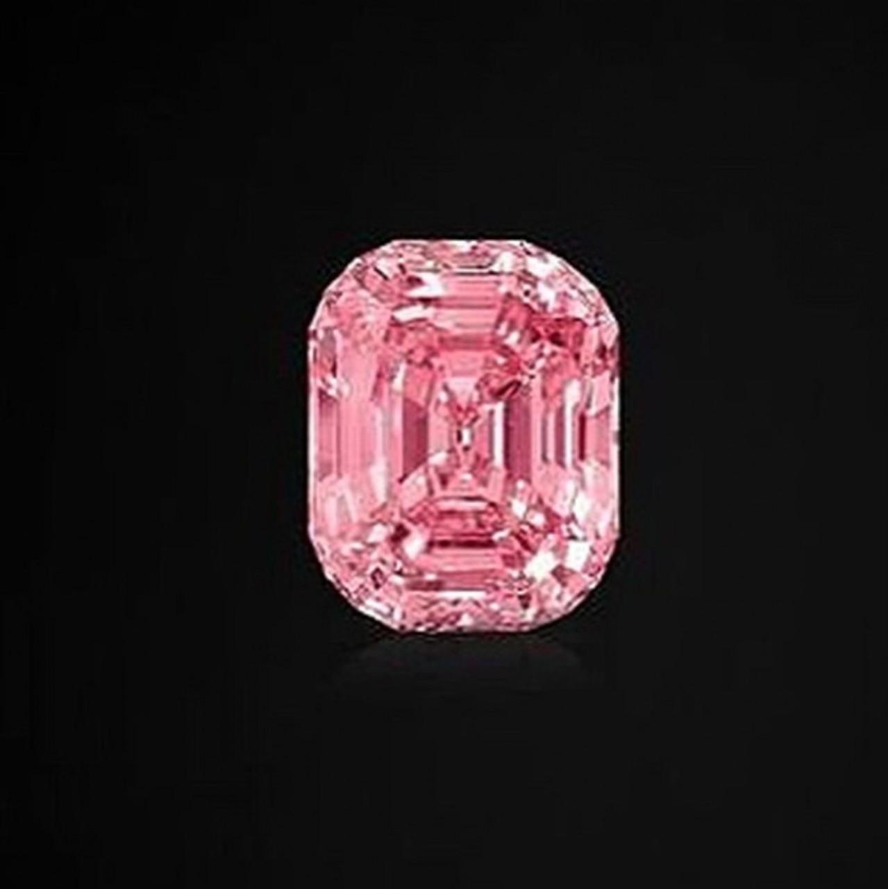 Holiday Sales May Validate Diamond Concerns